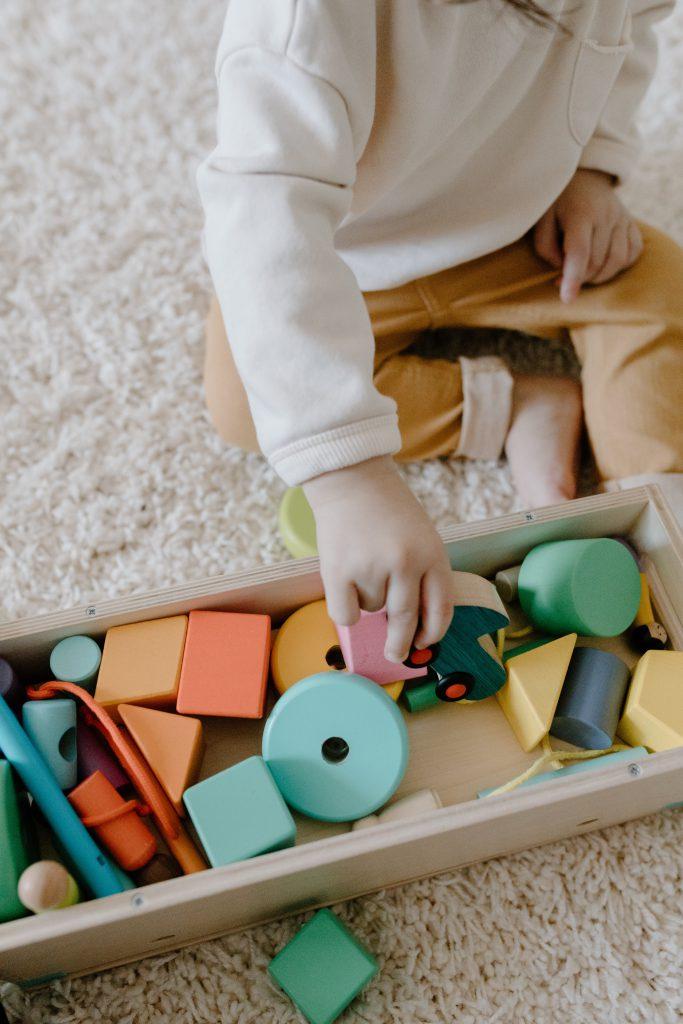 יתרונות וחסרונות חינוך מונטסורי